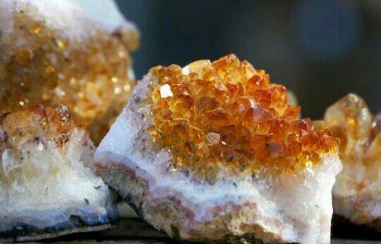 Minerali tra falsi e sintetici